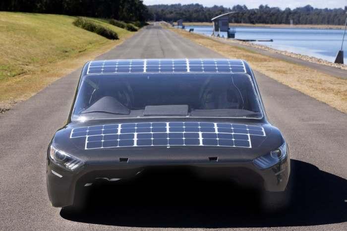 Две солнечные панели.