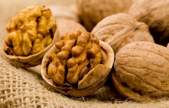 Грецкие орехи помогут заснуть.