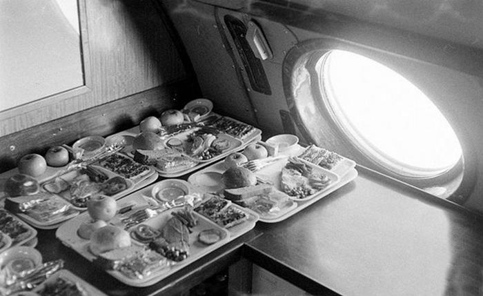 Премиум обед на Ту-104.