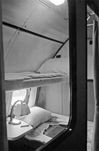 Спальное место пассажира в Ту-114.