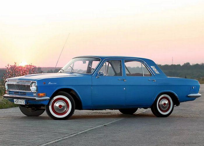 Автомобиль Волга ГАЗ-24.