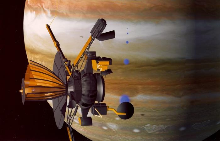 Космический корабль Galileo.