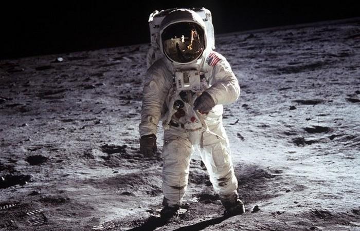 Космические проекты серии Apollo.