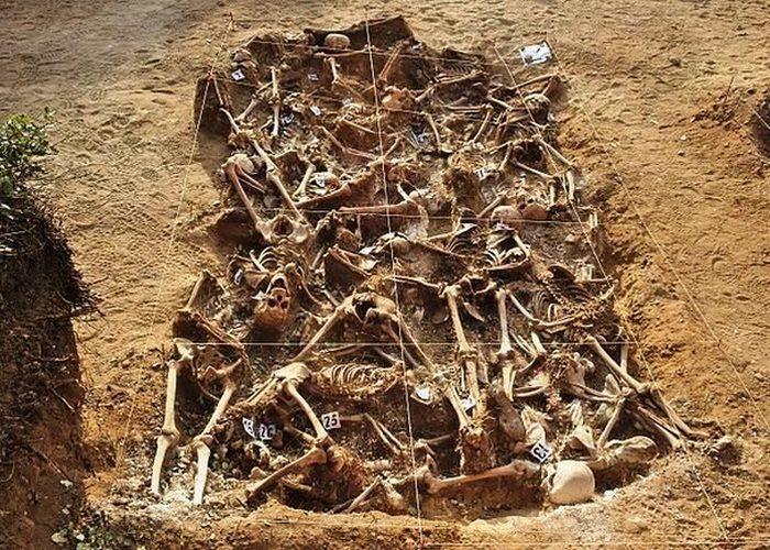 Жуткое захоронение: обезглавленные викинги.