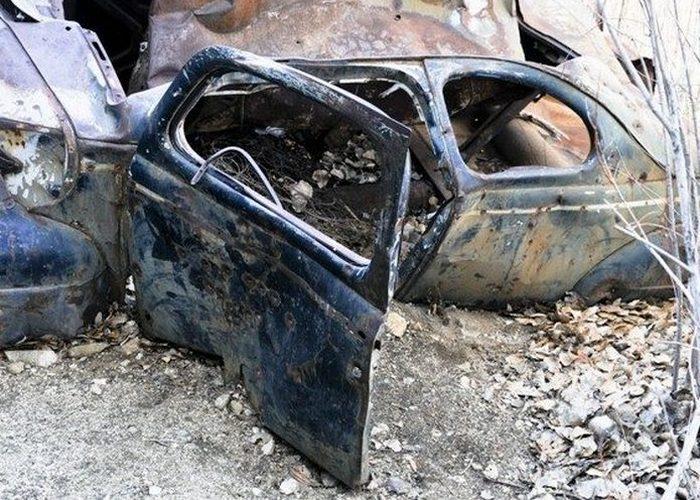 Странное захоронение: суррейский призрачный автомобиль.