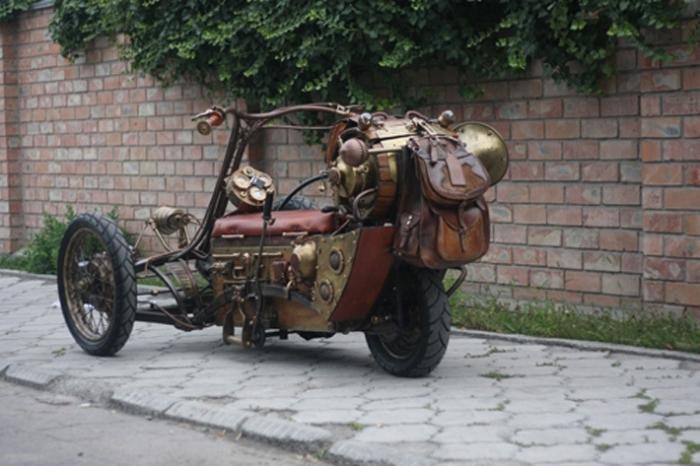 Бишкекский стимпанк-трицикл