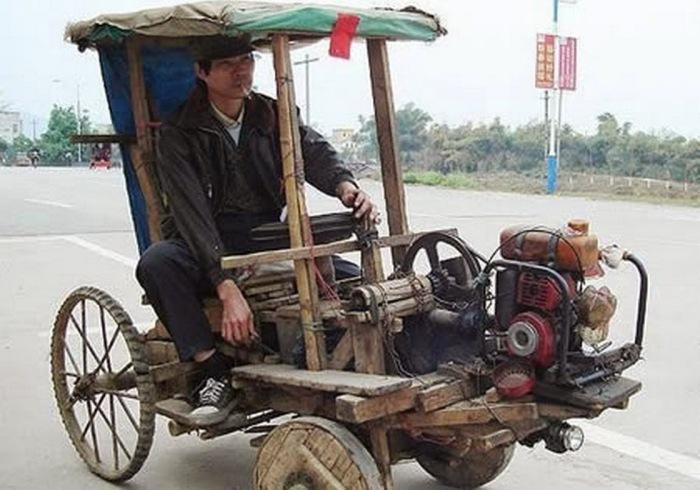 Автомобиль в стиле Флинтстоун.