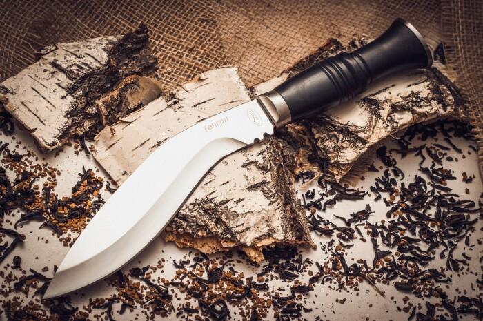 В первую очередь это оружие. |Фото: megapiknik.ru.