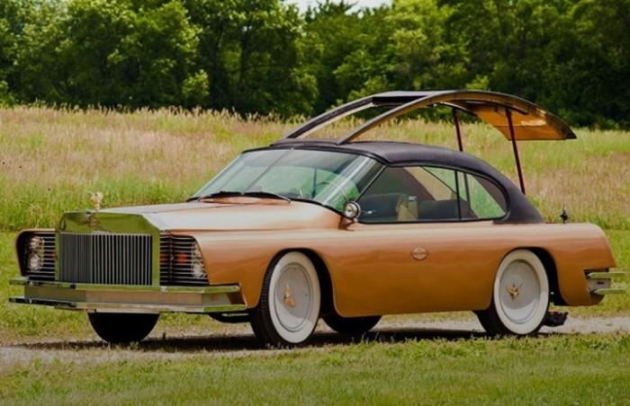 Автомобиль Mohs Ostentatienne Opera Sedan создан авиаконструктором.