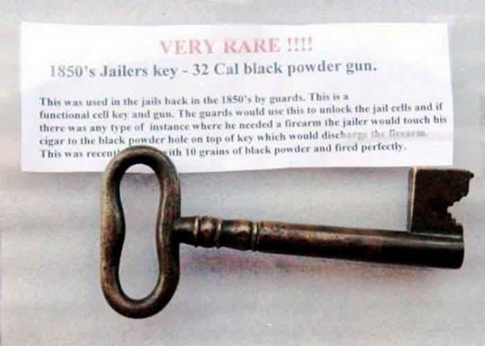 Ключ-пистолет американских тюремщиков.