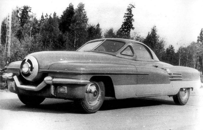 Автомобиль ЗИС 112.