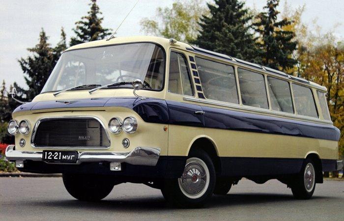 Автомобиль ЗИЛ-118 «Юность».