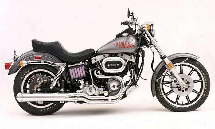 Мотоцикл Harley-Davidson Low Rider.