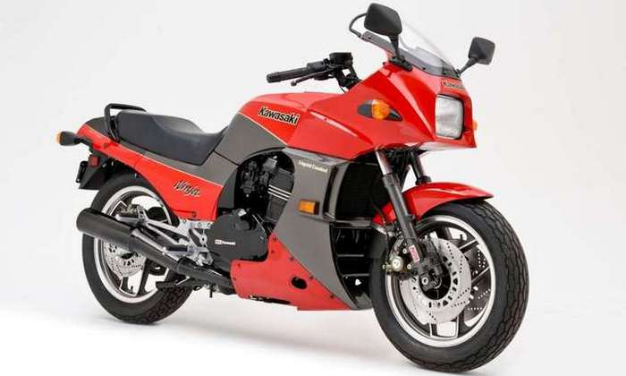 Мотоцикл KAWASAKI ZX900 NINJA.