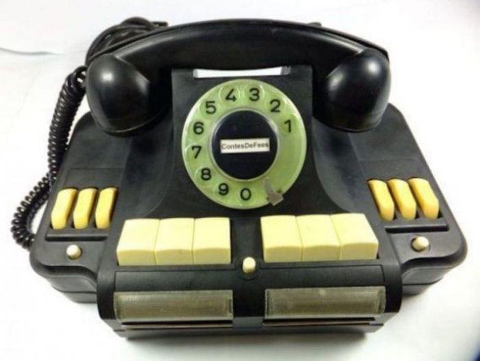 Уникальный телефон, который так и не признали.