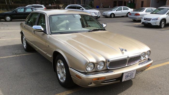 Бюджетный вариант автомобиля для первого свидания.