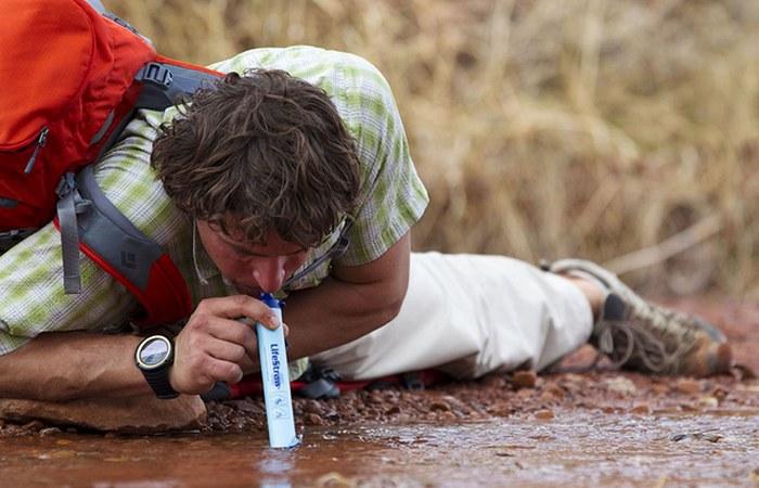 Гаджет для выживания: LifeStraw Personal Water Filter.