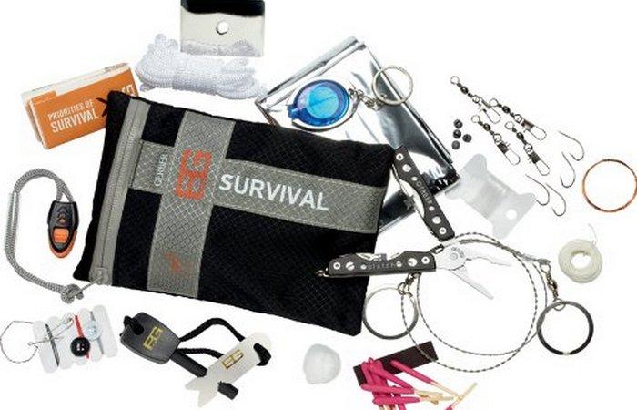 Гаджет для выживания: Bear Grylls Ultimate Survival Kit.