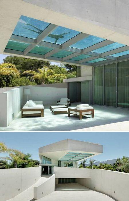 Бассейн на крыше Jellyfish House.