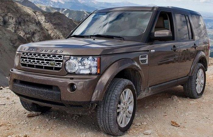 Автомобиль Land Rover LR-4 Discovery.
