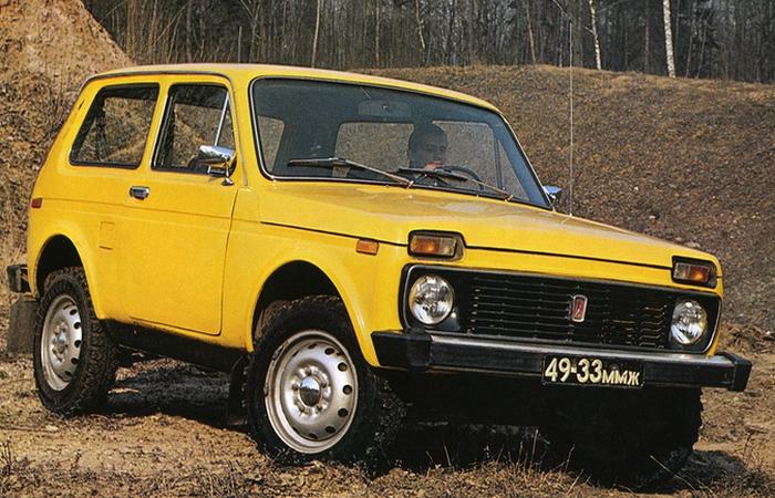 Автомобиль НИВА (ВАЗ2121).