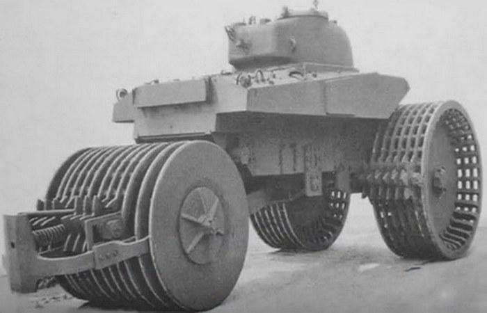 Танк-сапер T10.