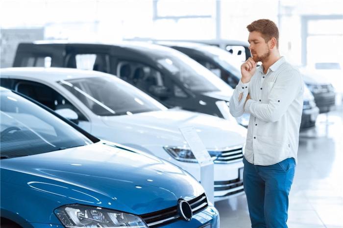Первичный автомобиль сильнее всего теряет в цене.  Фото: avtosreda.ru.