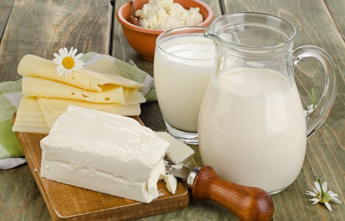 Полезно для зубов: молочные продукты.