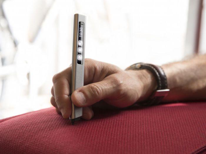 Универсальная сенсорная ручка Phree.