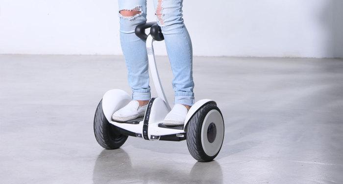 Ninebot - инновационное транспортное средство.