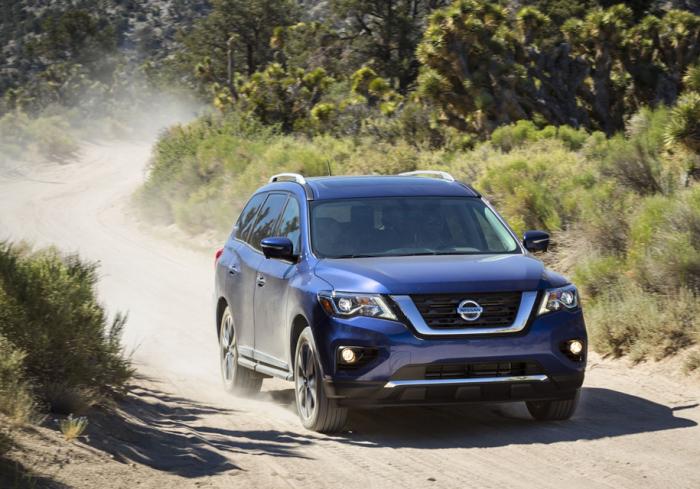 Теперь Nissan Pathfinder можно ругать официально.