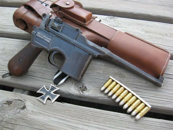 Легендарный пистолет. |Фото: pholder.com.
