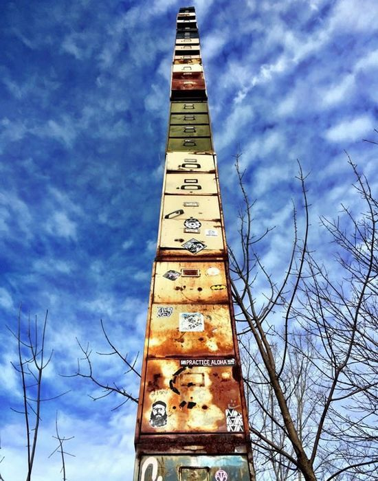 Самая-самая высокая в мире картотека.