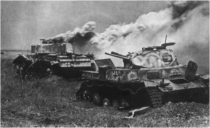 Уже первые же сражения показали, что немецкие танки не настолько надежны. |Фото: yandex.ua.