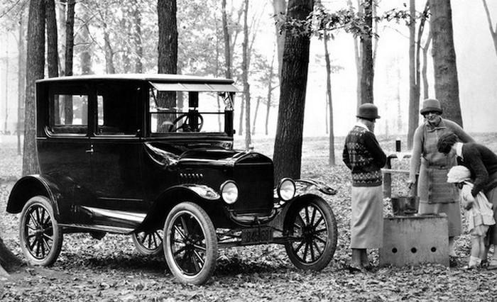 Model T - Жестяная Лиззи Генри Форда.