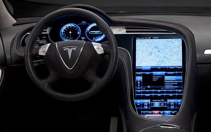 Лучшая система оказалась у автомобилей Tesla. |Фото: autotale.ru.