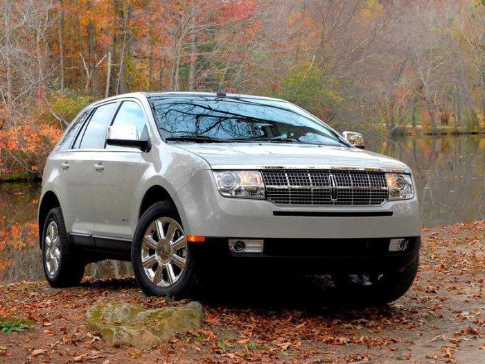 Отличный автомобиль Lincoln MKC.