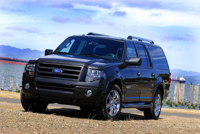 Добротный Ford Expedition можно брать без тени сомнений.