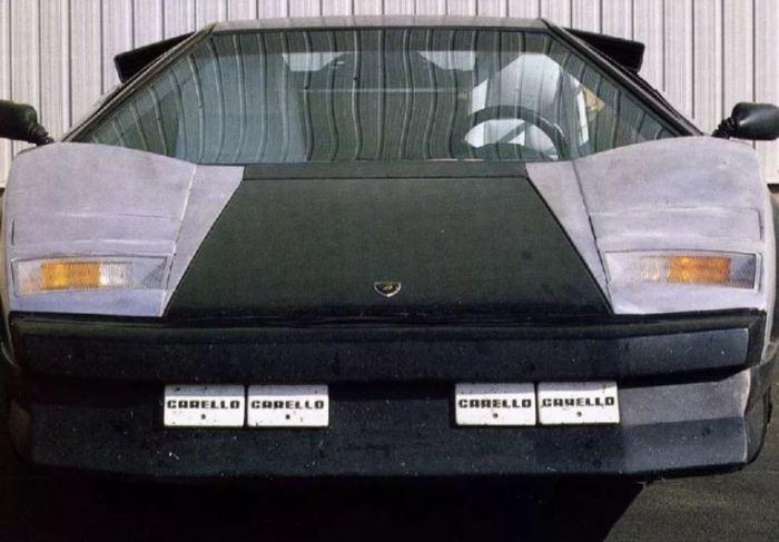 Lamborghini Countach Evoluzione выглядел очень необычно.