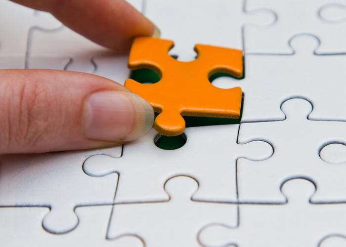 Осязание влияет на решения.