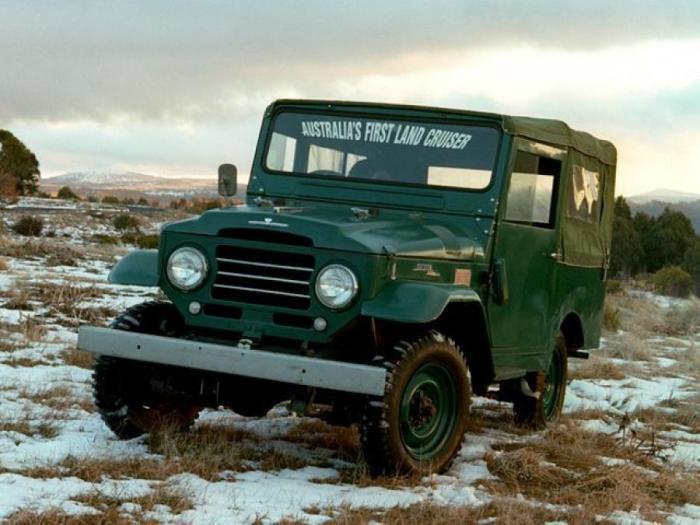 Первый автомобиль взобравшийся на Фудзи. |Фото: puzoterok.net.