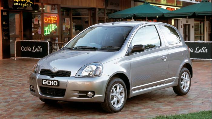 Toyota Echo - авто на все случаи жизни.