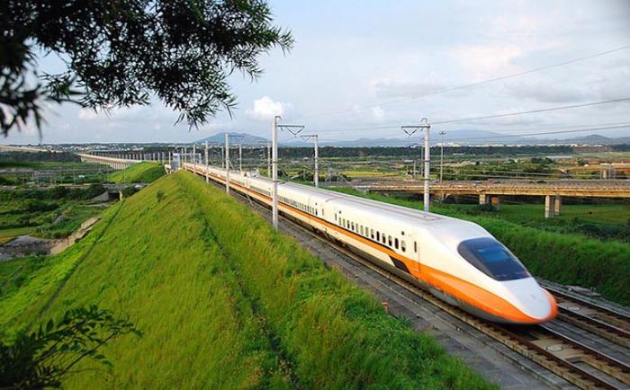 Самый вместительный поезд THSR.