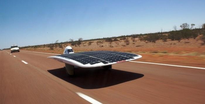 Транспортное средство на солнечных батареях