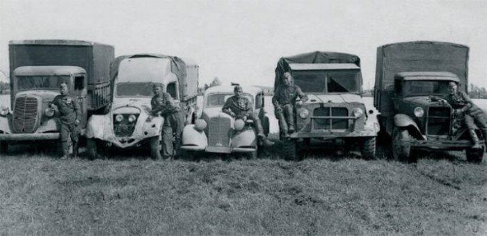 Автомобили времен Второй мировой войны.