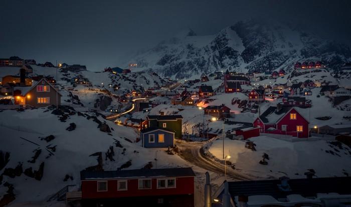 Ледяная земля явно зеленее Гренландии.