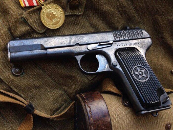 Отличный пистолет для своего времени. |Фото: Twitter.