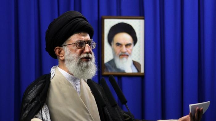 США тайно продавали оружие Ирану.