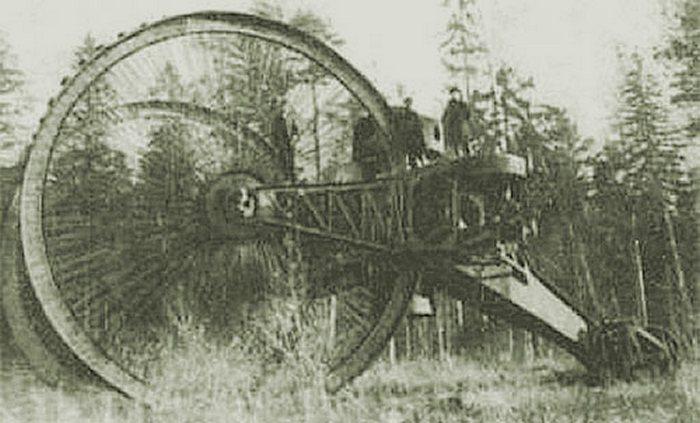 Фото с испытаний танка, 1915 год.