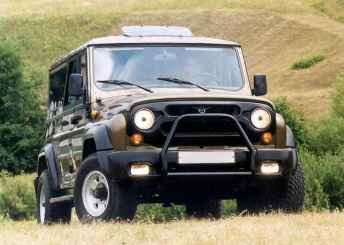 Модель УАЗ-3159 Барс найдет чем удивить.